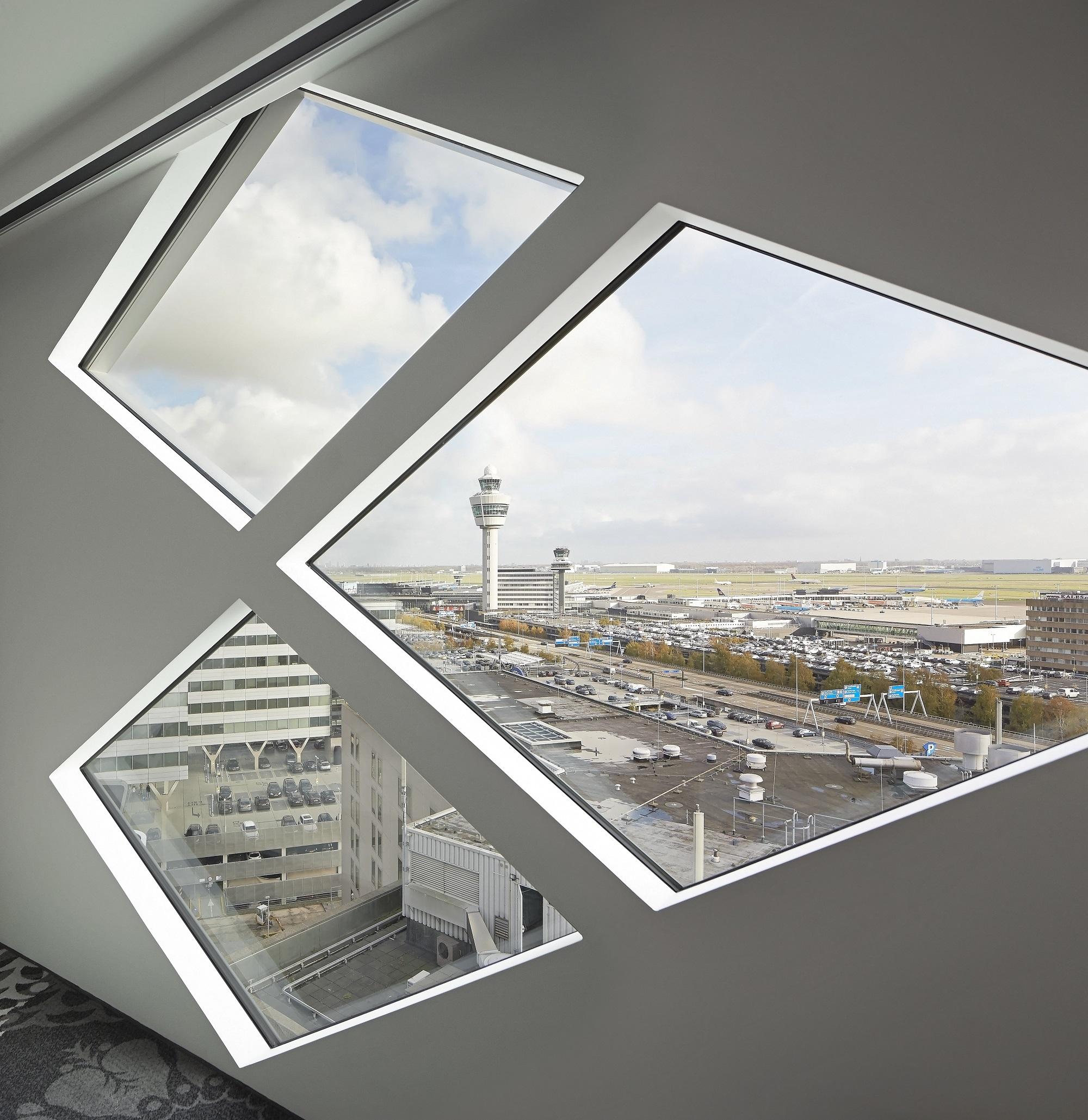 Schiphol Real Estate_┬®Hufton+Crow_027