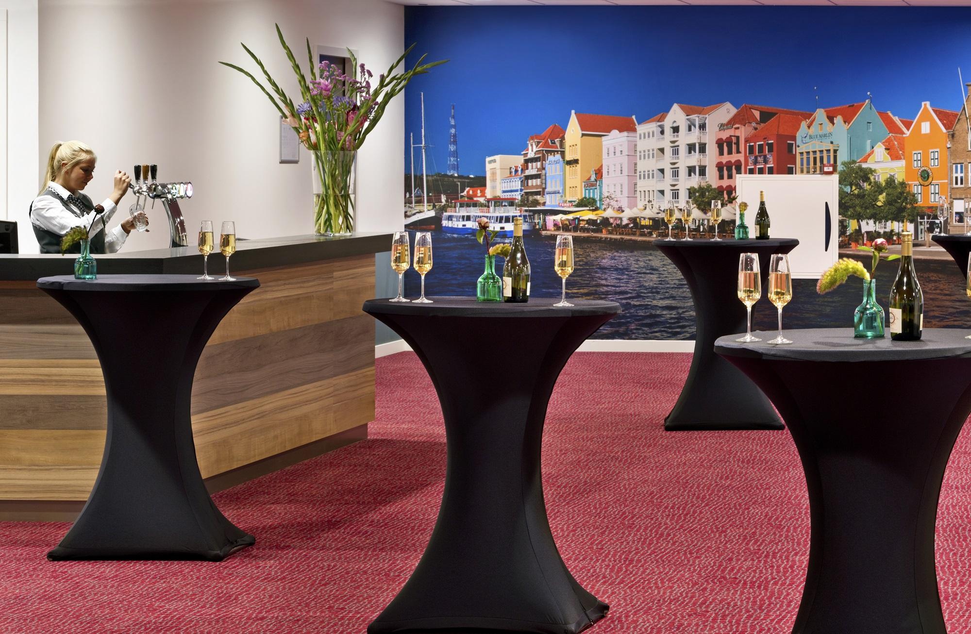 HR_worldhotelwings_boardroom_7856