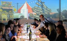 Great to do – Dinner in Motion in The Wall is culinaire achtbaanrit