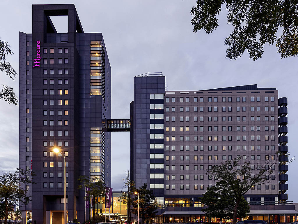 Mercure hotel amsterdam city opent bollywood themakamer for City hotel amsterdam